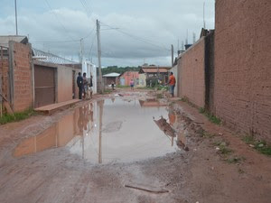 Percurso, buraco, rua, Jardim América, Macapá, Amapá (Foto: Jorge Abreu/G1)