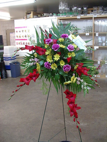 easel funeral