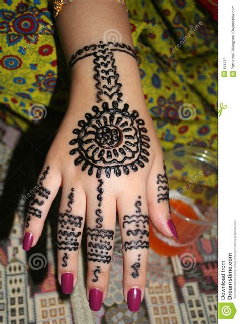 Henna Hand Stock Images   Image: 962534