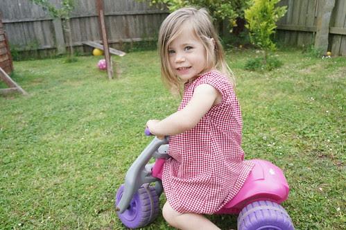 Hollywood Cherise - bike