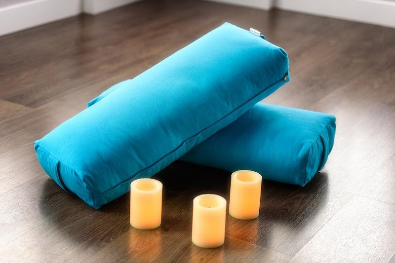 Know All About Yoga Bolster