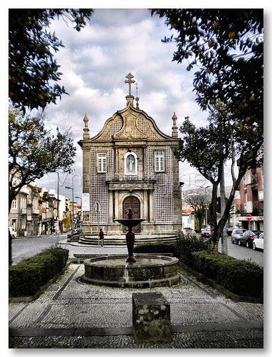 Igreja de Nossa Senhora-a-Branca by VRfoto