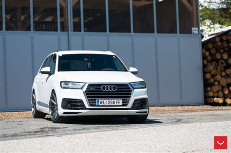 Audi Q7 2016 S Line wallpapers High Resolution 15