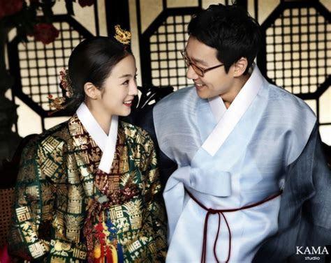 Comedian Lee Hwi Jae Reveals Stunning Wedding Photos   Soompi