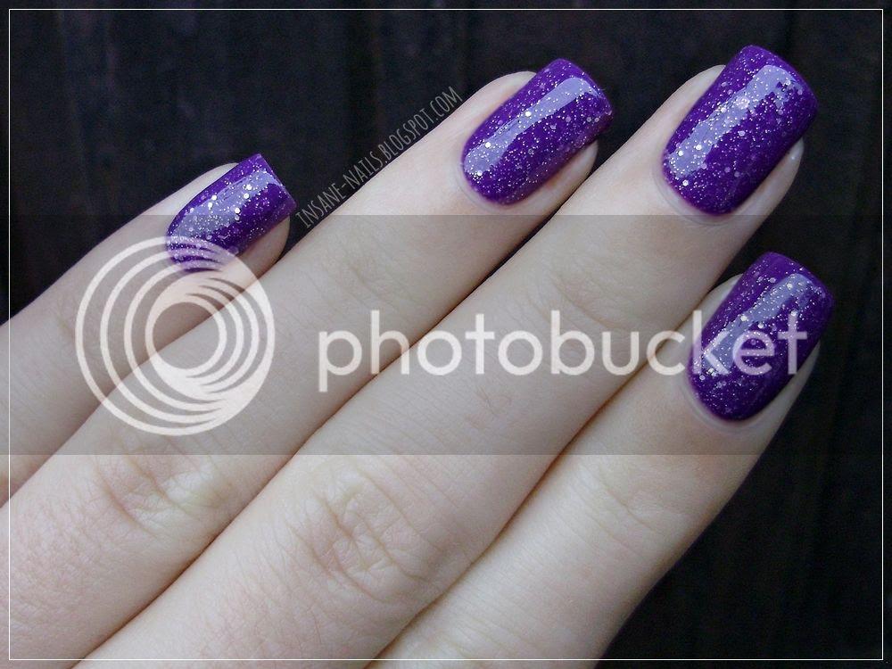 photo matcing-manicures-glitter-3_zpsqihlce6l.jpg