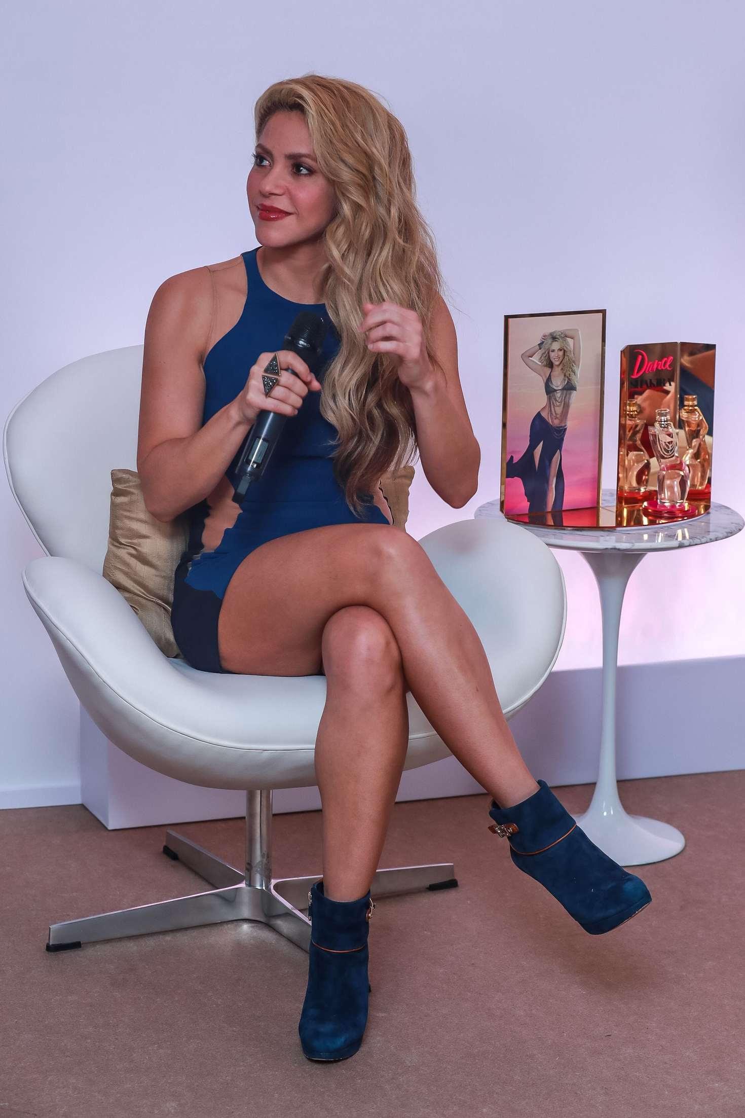 Shakira At Her New Fragrance Line Dance In Sao Paulo  Indian Girls Villa -7166