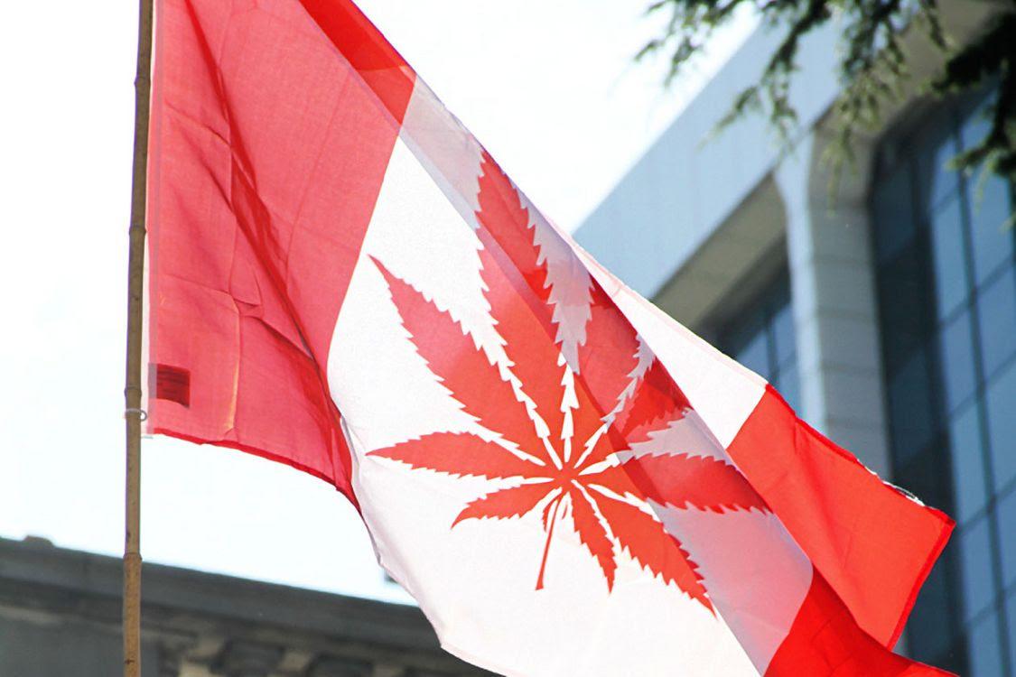 """Résultat de recherche d'images pour """"legalisation du cannabis au canada"""""""