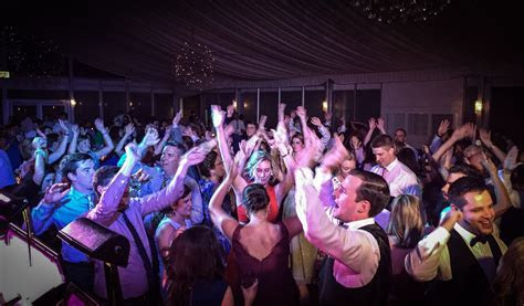 Best Chicago wedding bands from Chris Sarlas Orchestra