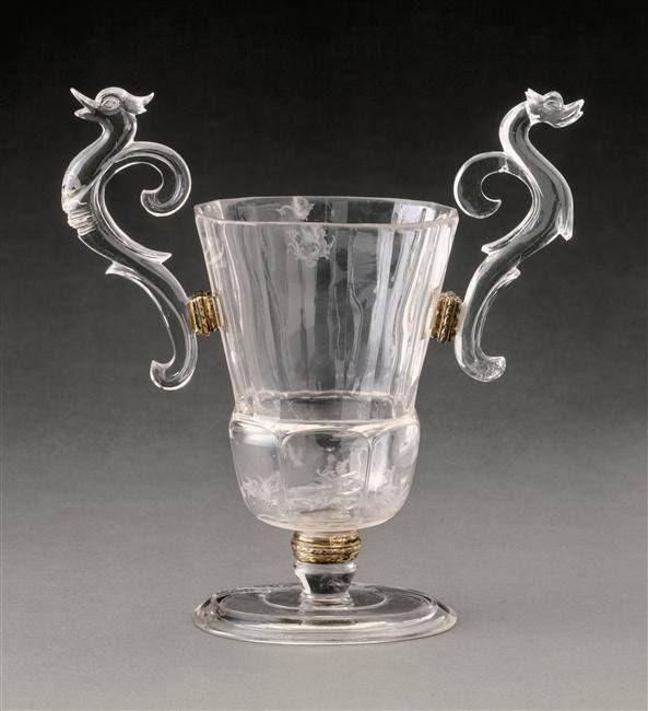 Coupe à pans en cristal de roche, entrée dans la collection de Louis XIV entre 1687 et 1701 – Attribuée à Giovanni Battista Metellino, Milan, vers 1685 - Paris, Musée du Louvre