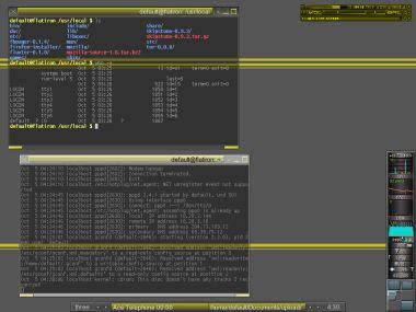 Mandrake Linux 9.1, running Fluxbox
