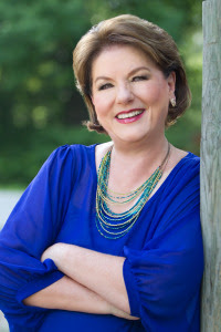 03_Linda Bennett Pennell_Author