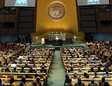 Estallido: Libia fueron reintegrados únicamente a la de 47 naciones de las Naciones Unidas Consejo de Derechos Humanos en noviembre.  Es independiente de la Asamblea General