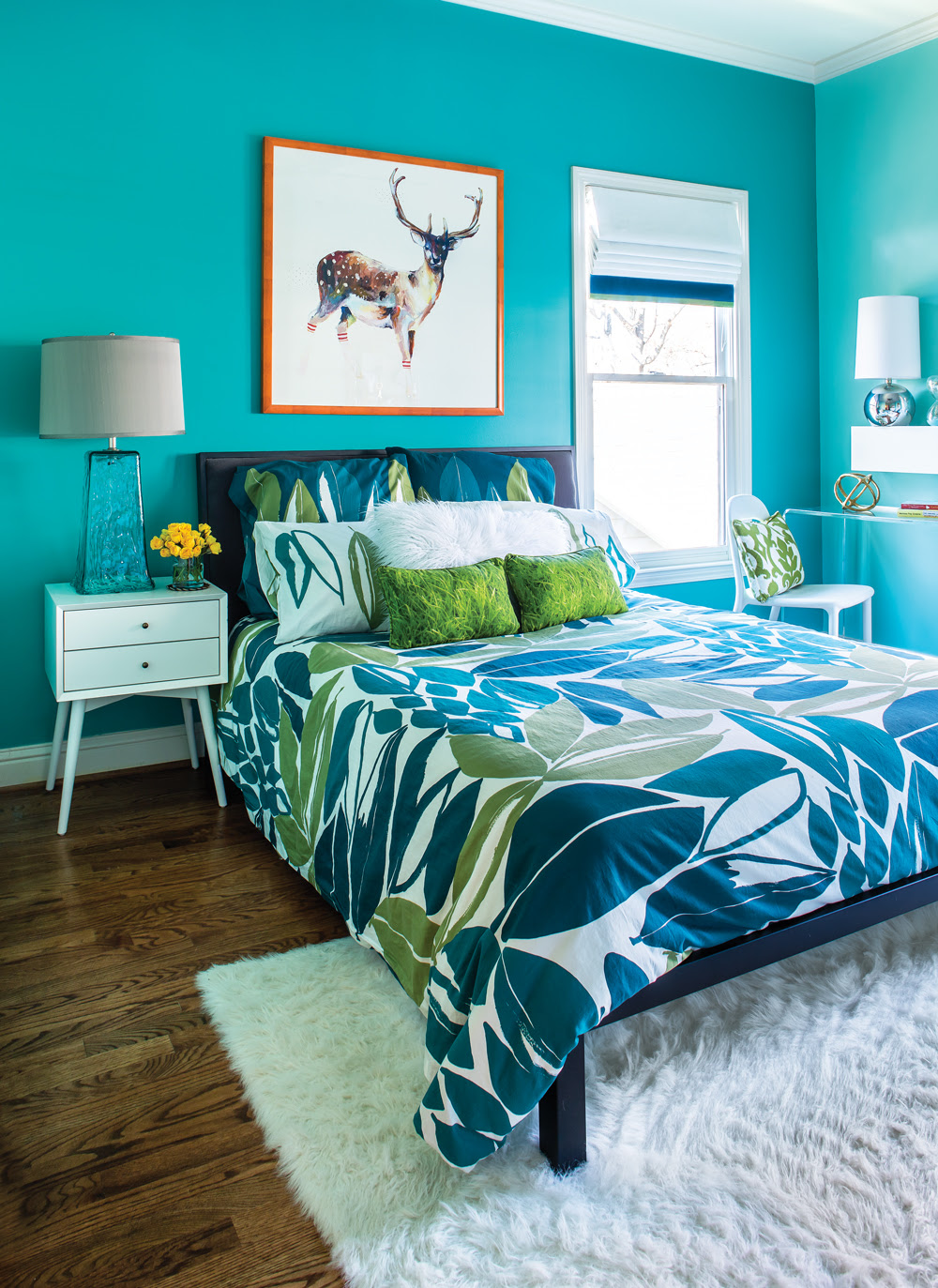 Room Envy: This bright turquoise bedroom is a teen dream ...