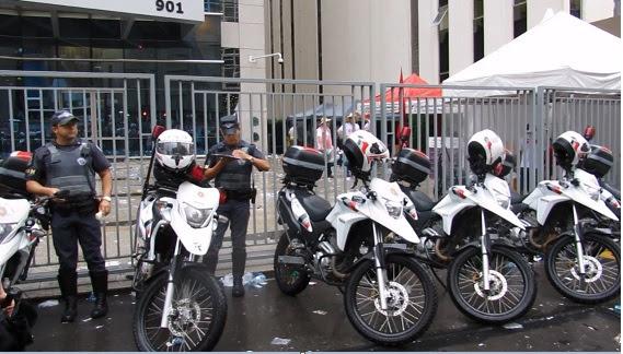 policia dos revoltados