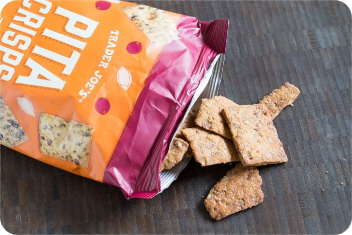 trader joe's pita crisps with cranberries and pumpkin seeds review : part of a weekly review series of tj's desserts and treats