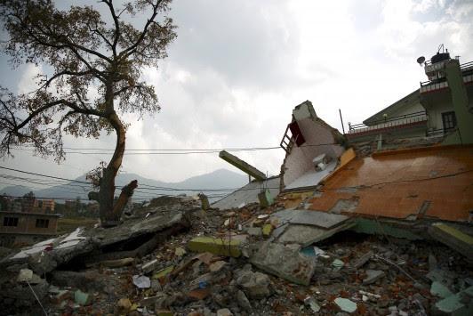 Σεισμός 7,4 ρίχτερ στο Νεπάλ! Πανικός στο Κατμαντού!