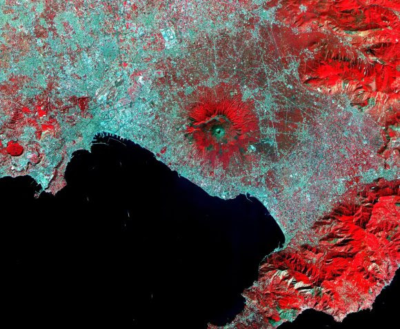 Image of Mt. Vesuvius, captured in 2000 by the Advanced Spaceborne Thermal Emission and Reflection Radiometer (ASTER). Credit: NASA/EO