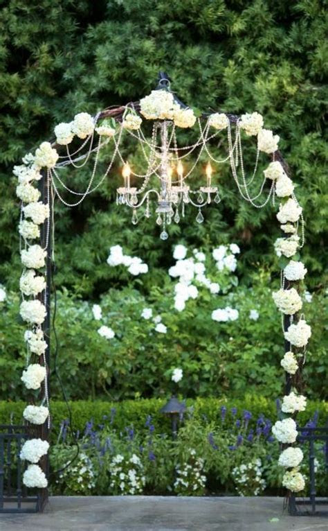 Memorable Wedding: Wedding Arches With Flowers to Delight