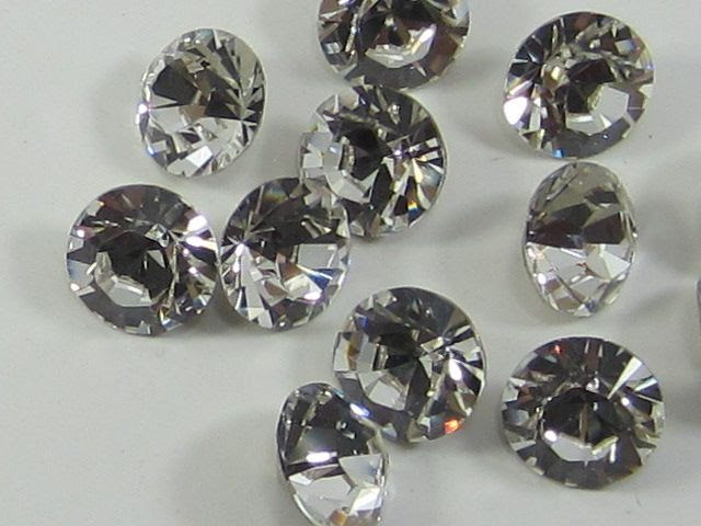 1 Gross 10pp (1.6-1.7mm) CRYSTAL POINTED BACK Swarovski Rhinestones