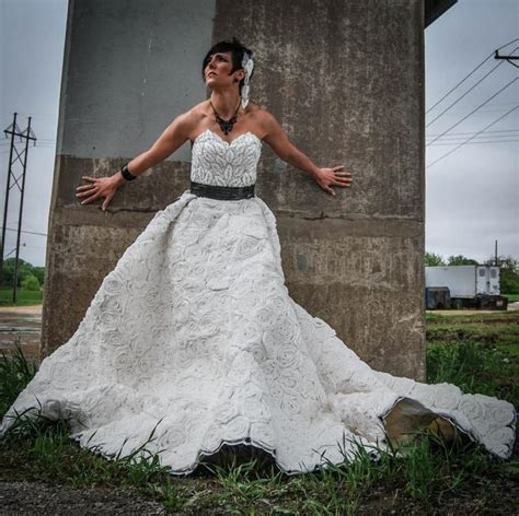 A wedding dress made out of toilet paper!   NY Daily News