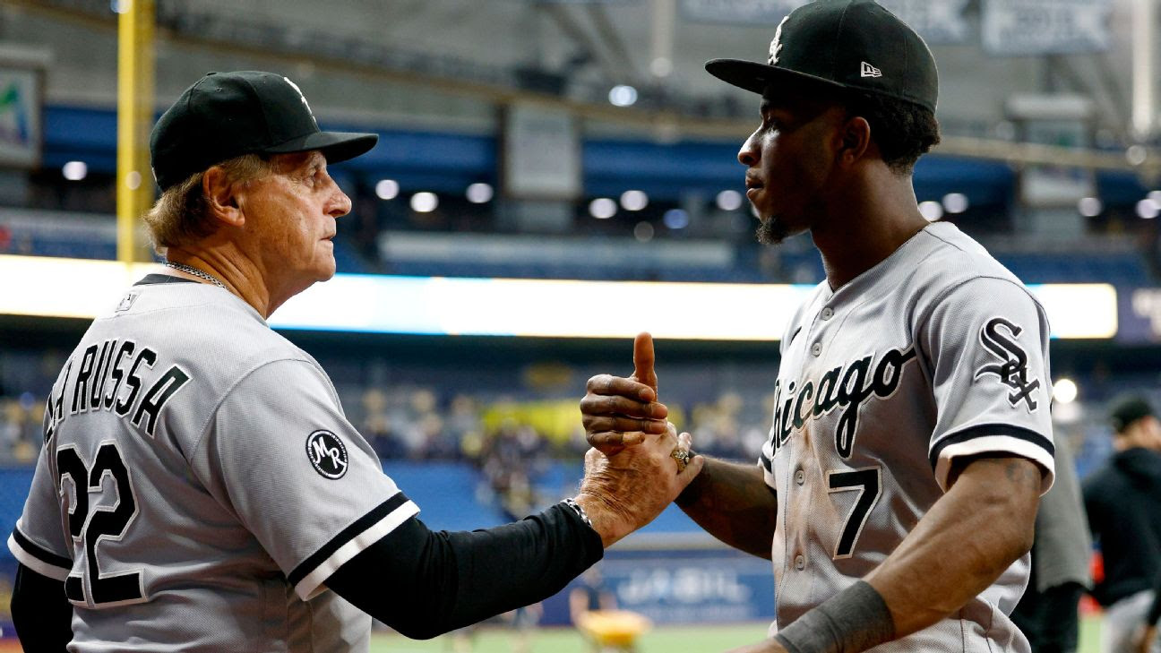 Chicago White Sox manager Tony La Russa to return as manager for 2022 season, source says