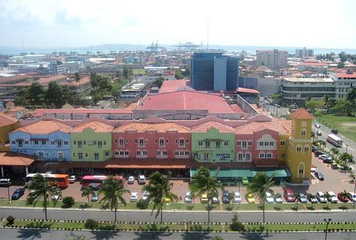 Colon - Free Trade Zone and Shops