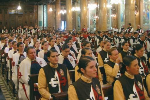 integrantes-dos-arautos-do-evangelho-fundada-por-joacc83o-scognamiglio-clacc81-dias-gr