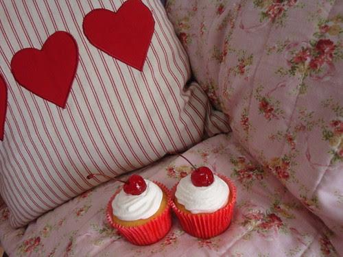 Cupcakes de cereja... by Menina Prendada -