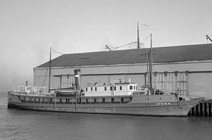 Passenger cargo steamship Ituna dockside circa 1917, owned by the Mexican Navigation & Commercial Company.