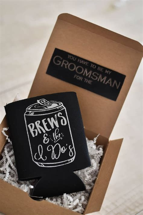 Best 25  Groomsman gifts ideas on Pinterest   Groomsmen