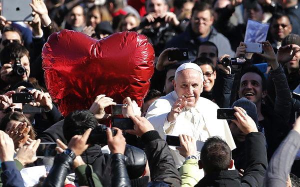 Papa Francisco en San Valentín