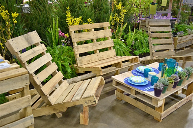 Diy Outdoor Furniture Made From Pallets build outdoor furniture pallets - modern home exteriors