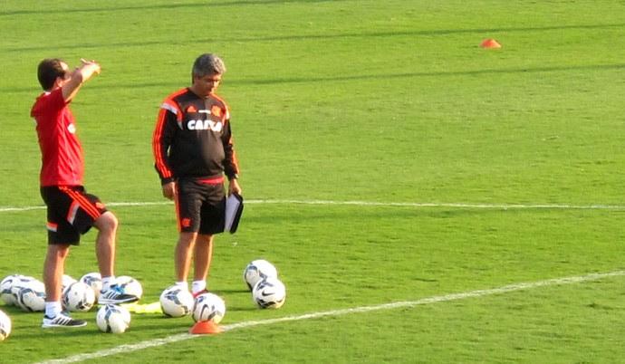 Treino do Flamengo em atibaia - Ney Franco (Foto: Hector Werlang)