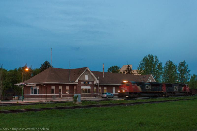 CN 8003 in Portage la Prairie
