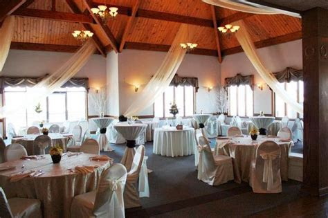 Indianapolis Yacht Club.   Indiana wedding venues
