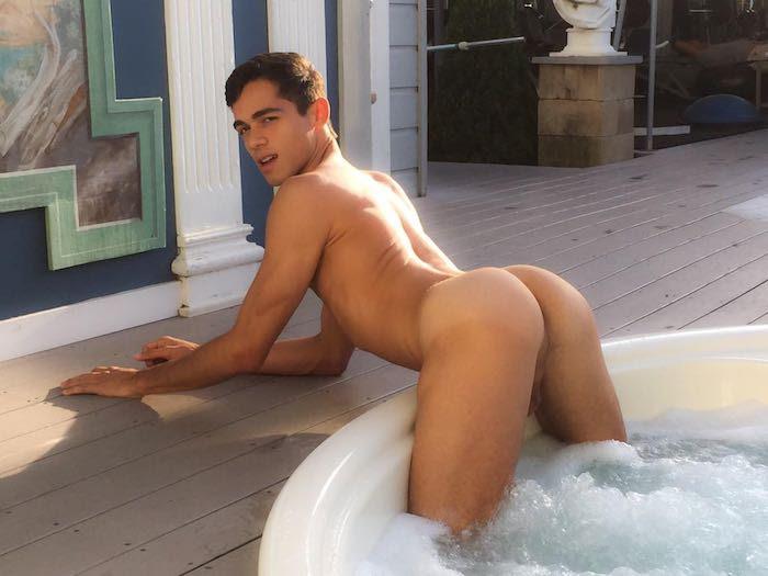 Ashton Summers Naked 2