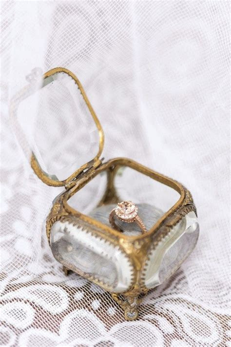 Unique and Inspired Ring Box for Engagement ? WeddCeremony.Com