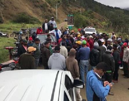 Aplazan solicitud impedimento desalojo de Valle Nuevo; bloquean la entrada