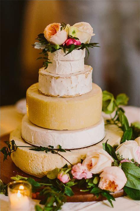 Wedding Trend: Wedding Cheese Cakes   weddingsonline