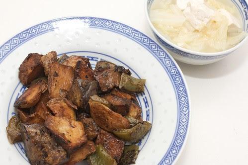 地三鲜和豆腐白菜汤