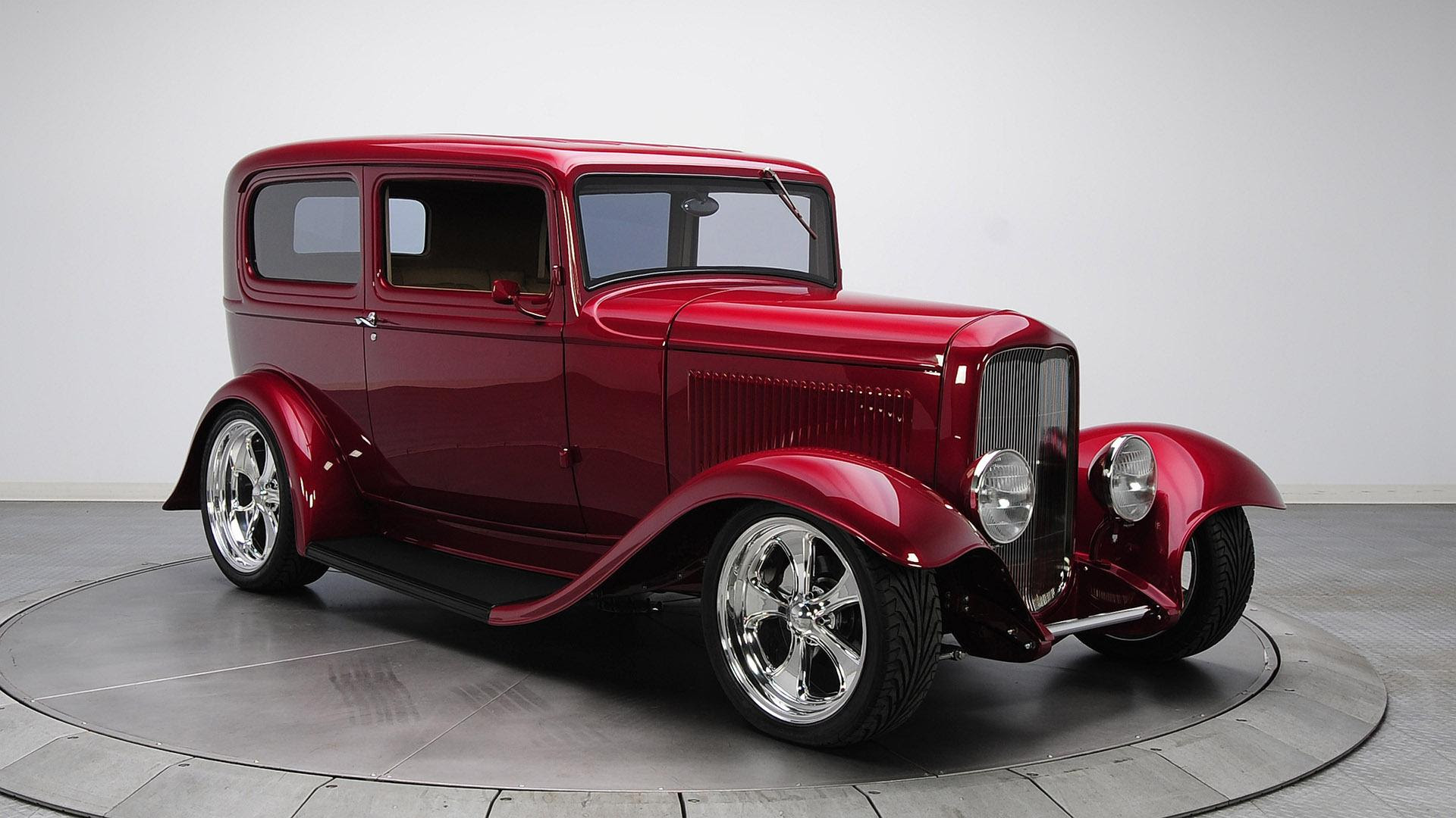 Red vintage Ford car HD desktop wallpaper : Widescreen : High Definition : Fullscreen
