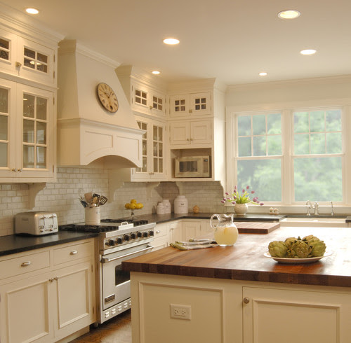 White kitchen traditional kitchen