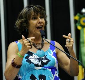 Grupo quer impedir veto a adoção por gays