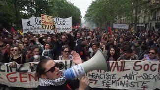 Una de les imatges de la manifestació contra la reforma laboral a París