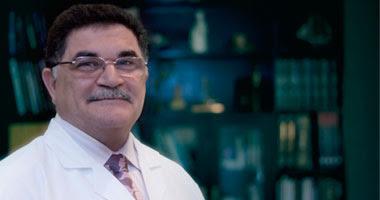 أحمد عادل نور الدين أستاذ جراحة التجميل