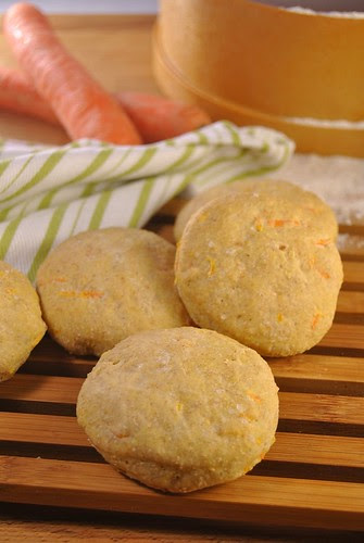 Whole wheat mini carrot focaccias
