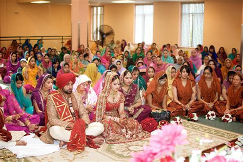 Indian Wedding from Montreal, Canada   Maharani Weddings