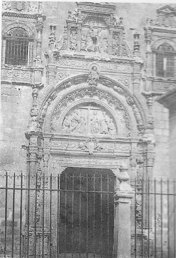 Portada del Hospital de Santa Cruz en la primavera de 1853. Fotografía de Charles Clifford.