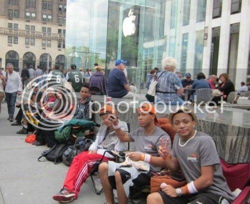 04 apple store 500x408 10 bài học marketing từ Steve Jobs