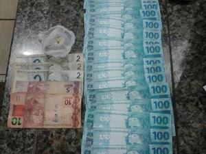 Notas falsas estavam escondidas em bolso, diz PM (Foto: Diego Maia/ Arquivo Pessoal)